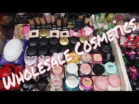 Crawford Market - Original Cosmetics in wholesale price | Mumbai Vlog