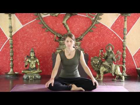 Corrin a Sattva Yoga teacher, guiding a Sattva Journey