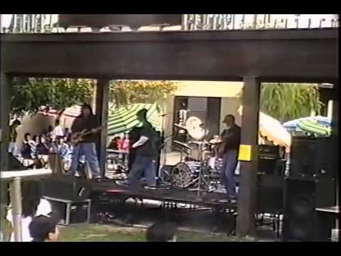 Rage Against The Machine - Killing In The Name / Take The Power Back (Live)