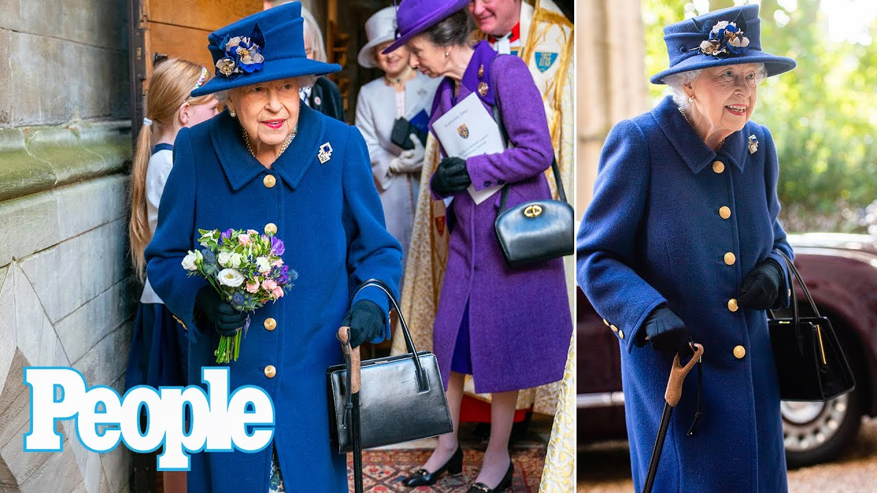 Queen Elizabeth Steps Out in Public with a Cane for the First Time in ...