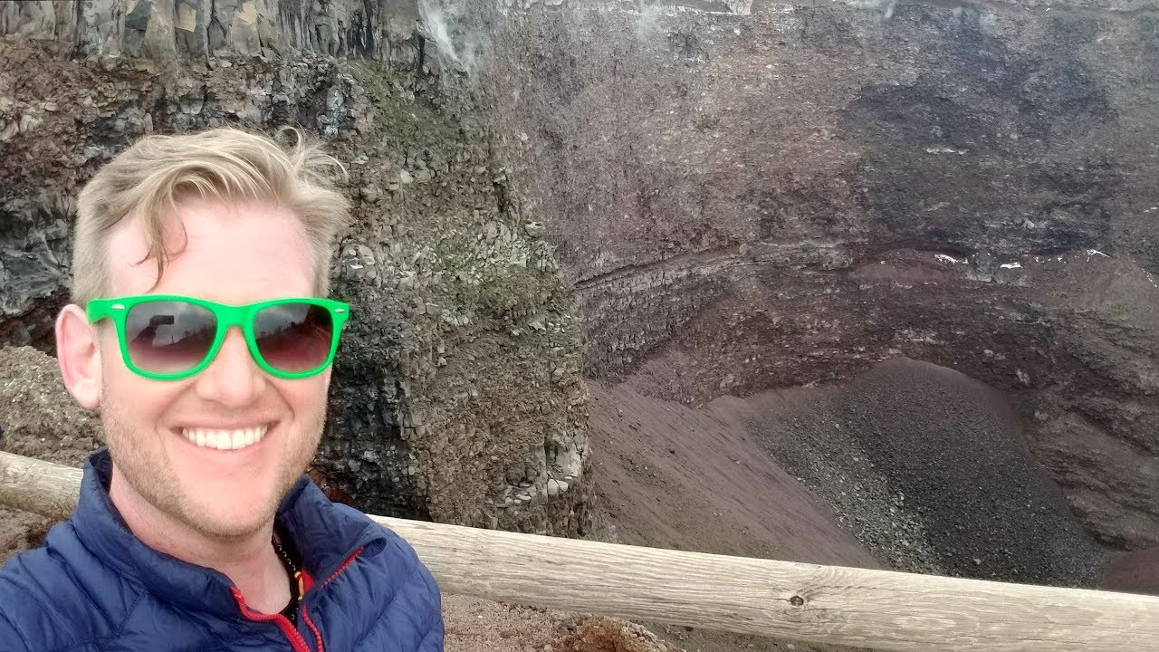#583 MOUNT VESUVIUS Hike to the Top! - Daze With Jordan The Lion (3/12/2018)