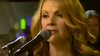 Patty Loveless — 'You Don't Even Know Who I Am' — Live