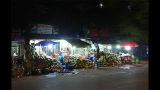 กองมะพร้าว ขายริมถนน พนมเปญ, Coconut Juice Phnom Penh, เราเคยมาที่นี่ C62 ...