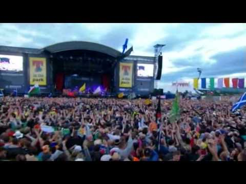 The Killers - Bones (LIVE At T In The Park 2007)