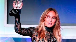 Jennifer Lopez Accepts Vanguard Award to at the #GLAADAWARDS