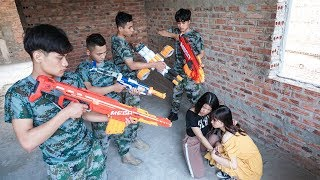 Nerf War: Two Girls Nerf Guns Group Robbery Car Rescue Queen Nerf movie