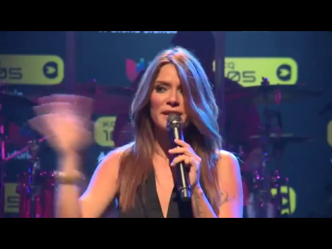 Kany Garcia Alguien -WebConcert