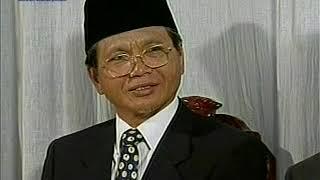 English Mulaqaat (Meeting) on March 16, 1997 with Hazrat Mirza Tahir Ahmad (rh)