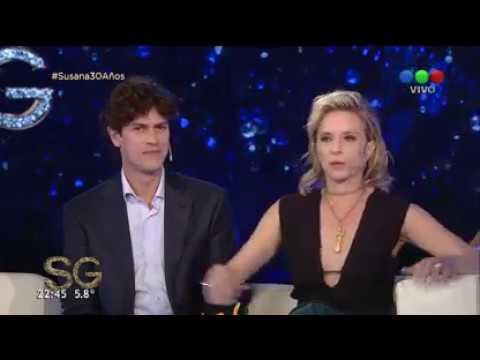 Carla Peterson y Martín Lousteau juntos en el living - Susana Giménez 2017