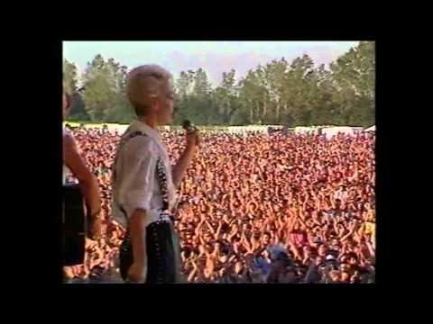 Eurythmics - Who's That Girl? (Live in Munich, 1987)