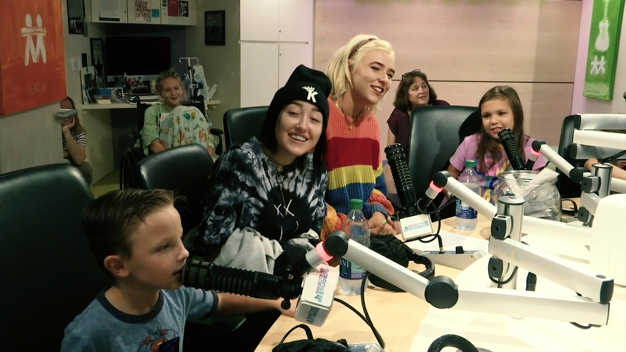 Noah Cyrus Sings the ABC's with Patient at Monroe Carell Jr  Children's  Hospital at Vanderbilt!