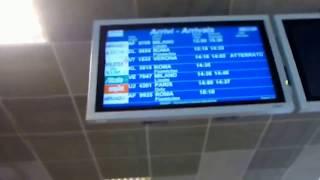 パレルモのファルコーネ・ボルセリーノ空港(プンタ・ライジ)と シャトルバス乗り場