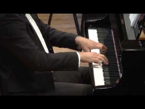 Chopin: Piano Concerto no. 2 - Elisha Abas