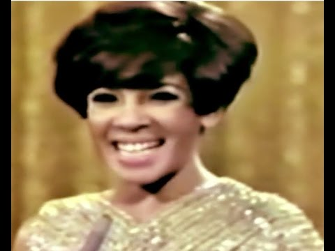Shirley Bassey  GOLDFINGER   Typically English 1967 TV Special