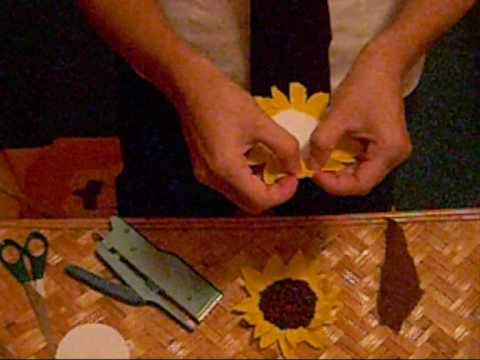 How to make a paper sunflower youtube for Fomic sheet decoration youtube