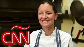 La chef Elena Reygadas enfrenta la pandemia apoyando a agricultores