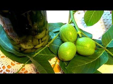 Как делать настойку из зеленых грецких орехов и зачем она вообще нужна