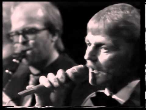Ricardo's Jazzmen & Bjarne Liller - Billet Mrk. Ensom Dame 40 år