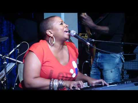 Avery Sunshine   Ugly Part Of Me LIVE @ THE JAZZ CAFꢬ LONDON HD www keepvid com