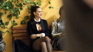 Екатерина Климова в черных колготках