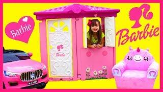 LAURINHA BRINCANDO NA CASA DA BARBIE ! KIDS PRETEND PLAY WITH PLAYHOUSE, FUNNY VIDEO FOR KIDS
