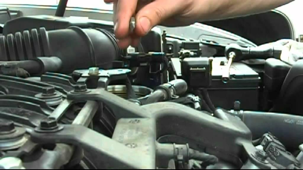 08 Sonata v6 oil change part 2 filter - YouTube