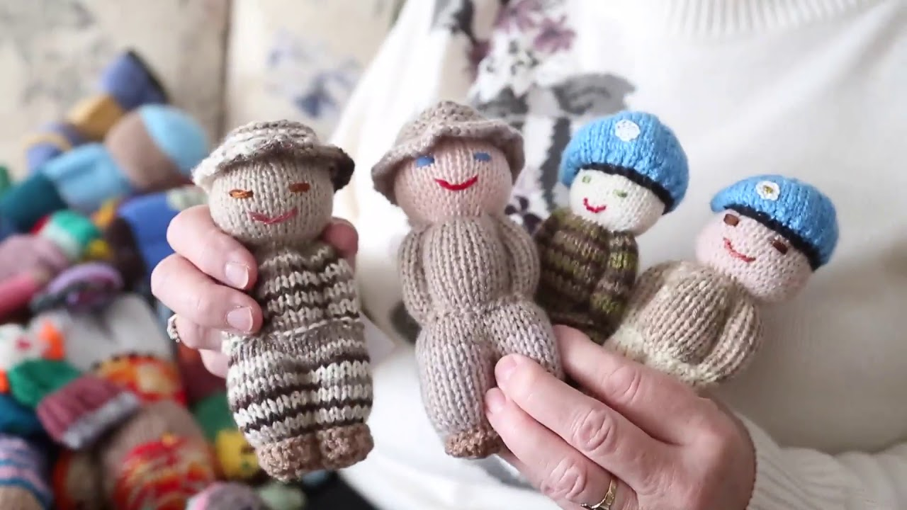 Izzy Dolls Made To Provide Comfort To Refugee Children Youtube