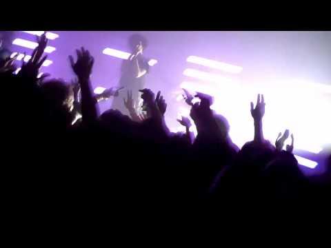 Crystal Castles @ Echoplex 4/12/10 - 'Air War'