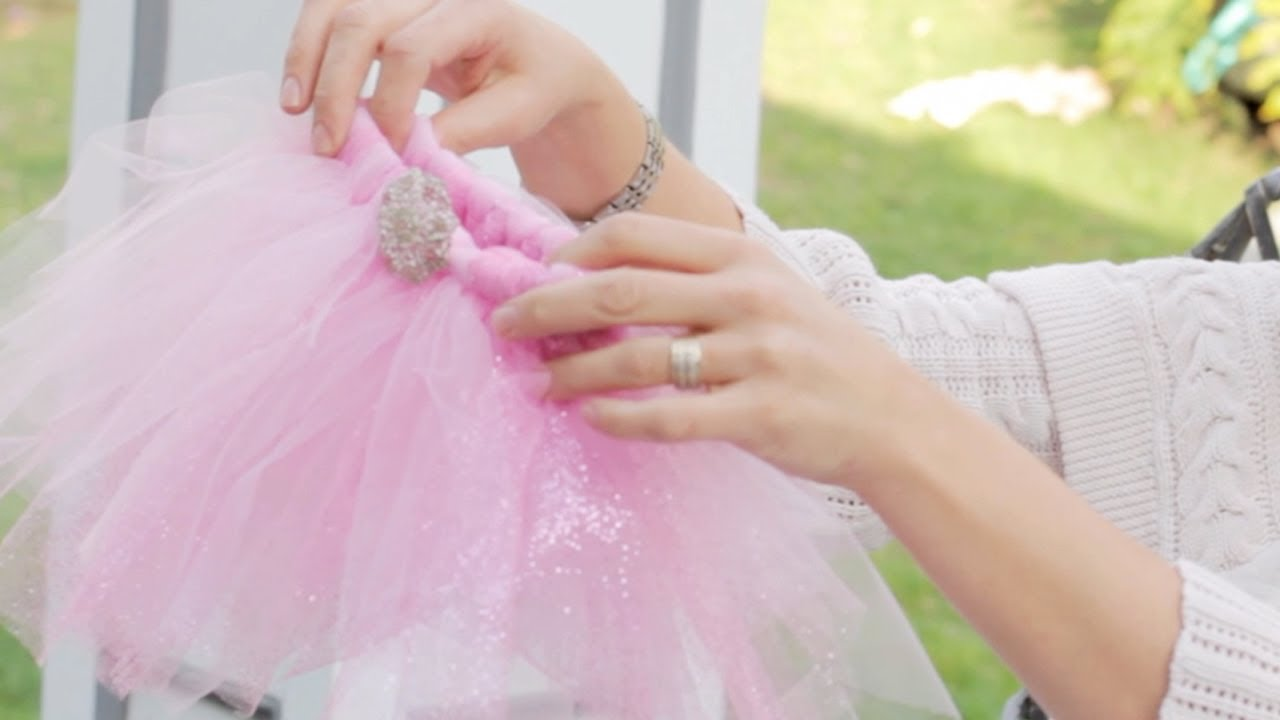 588f43572 How to Make a Tutu - Let's Craft with ModernMom - YouTube