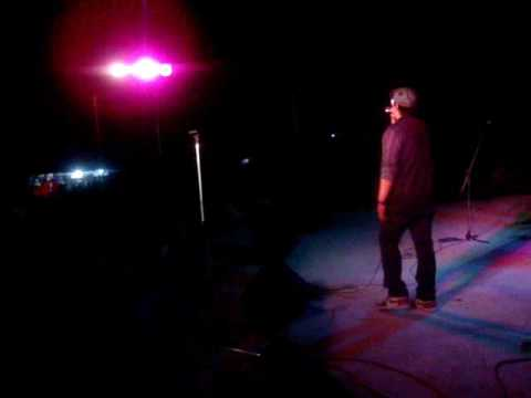 Noel Palomo of Siakol Live! @ Roxas, Palawan (April 26, 2009)