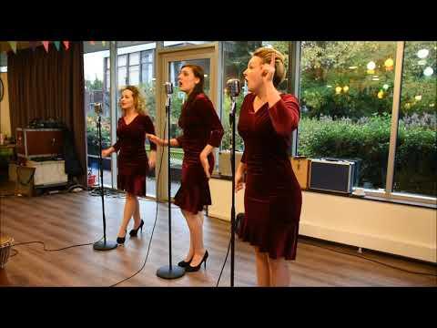 The Key Sisters, Optreden Voor 100 Jarige Ko Zonneveld.  Www.leidseglibber.nl