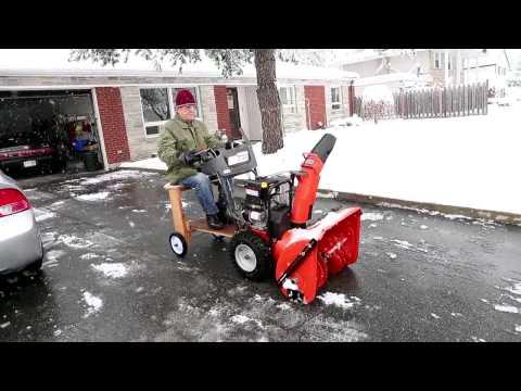 Riding snowblower - YouTube