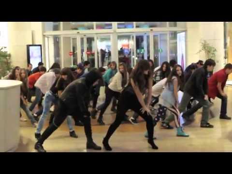 Baku fleshmob gangnam style