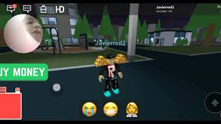How to start playing Roblox game