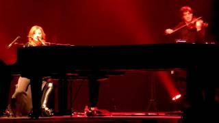 Tori Amos -  Fearlessness (live in Copenhagen)