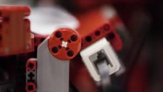 Механическое порно робот и бумажные самолётики
