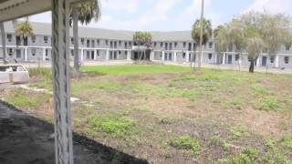The Everglades Hotel and Nite Club - ABANDONED