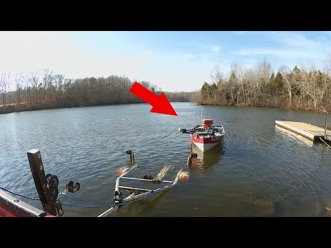 Learning How to Fish from a Boat – Bass Fishing from a Jon Boat