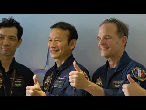 MRJ Test Pilots at Paris Air Show