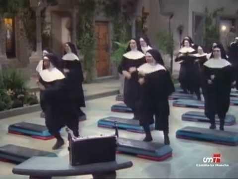 Cosas de Casa - Monjas haciendo ejercicio (Steve Urkel, Waldo Faldo, Eddie Winslow)