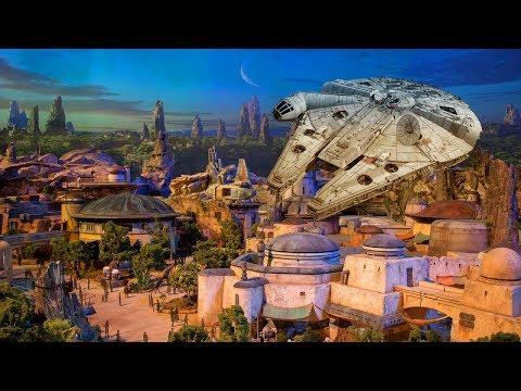 NEW Star Wars Land model UP-CLOSE at D23 Expo 2017 for Walt Disney World, Disneyland - Galaxy's Edge