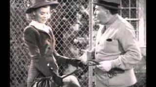 Blondie In Society (1941) - Hot Dog!