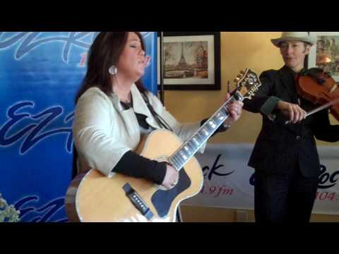 Jann Arden Good Mother Acoustic EZ Rock Cafe DeVille Edmonton October 22, 2009