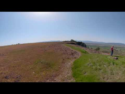 360° wildflower hike on Upper Table Rock