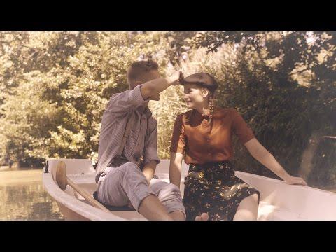 Ansambel Valovi - Tiho noč prihaja (Official video)