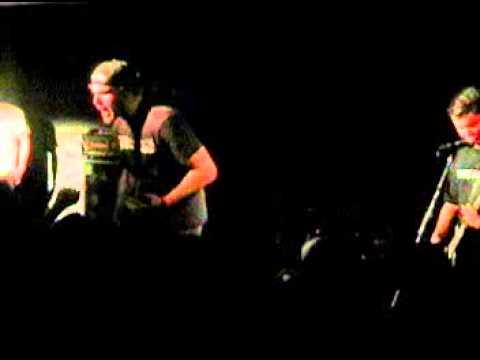 Bigwig - 06 - Sink Or Swim (Live in Quebec City 12/12/2002)