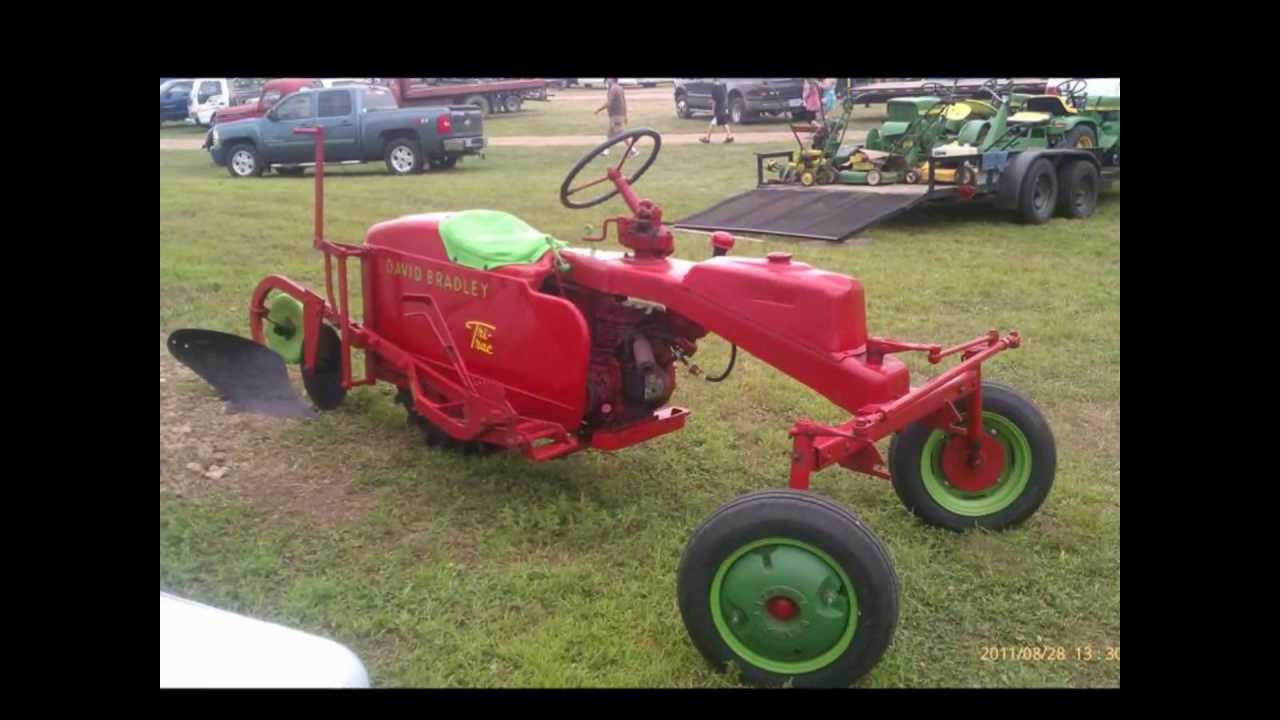 Flowers Made Out Of Tractor Parts : The david bradley quot tri trac garden tractor