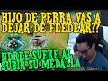 Download NDREE SUFRE AL SUBIR SU MEDALLA POR 1 FEEDER