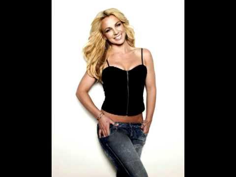 "Lady Gaga calls Britney Spears ""Queen Of Pop"""