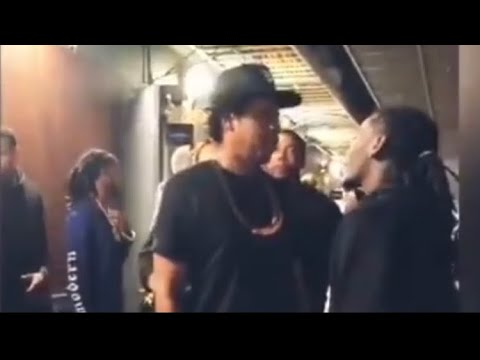 "Jay-z Runs Up On Offset About Beyoncé | He Called Her A ""B"""
